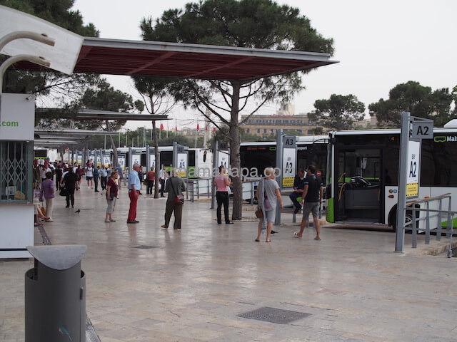 ヴァレッタのバスターミナル
