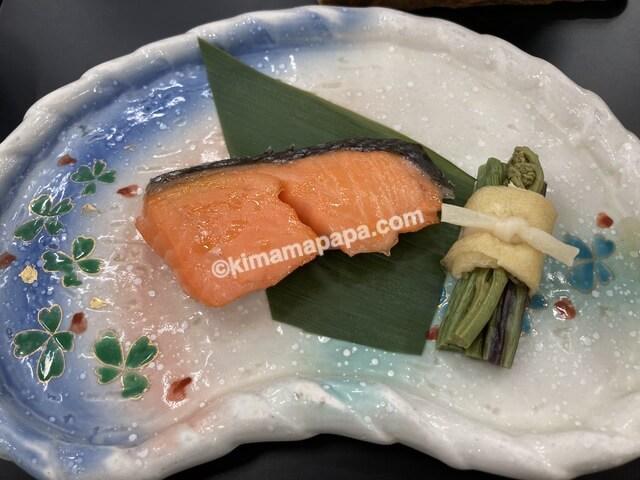 芦原グランドホテル、朝食の焼き魚
