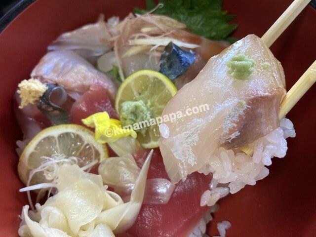 わだつみ、わだつみ定食の海鮮丼