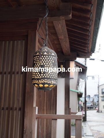 福井県越前市、うるしやのランプ