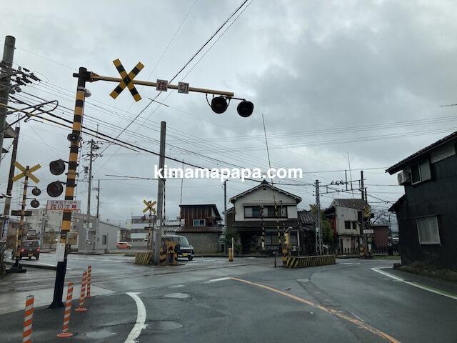福井県越前市、うるしやへの道