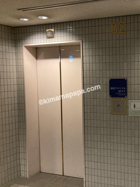 福井市、ホテルフジタのエレベーター