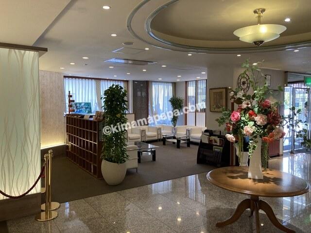 福井市、ホテルリバージュアケボノのロビー