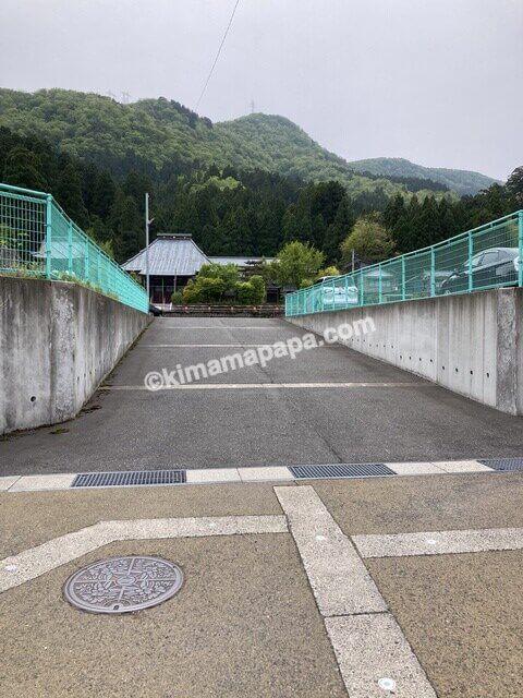今庄宿、駐車場の入口