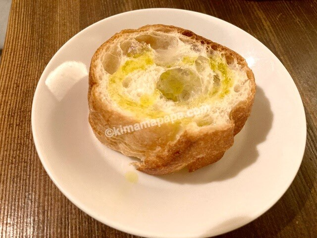 クッチーナ、フェスタランチのフランスパン