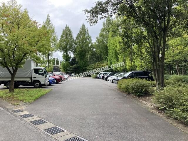 福井県金津創作の森美術館、第一駐車場
