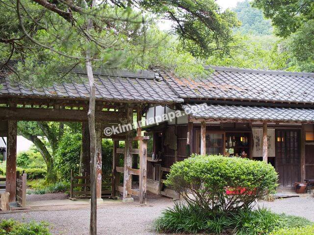 福井県丸岡町、千古の家のカフェ外観