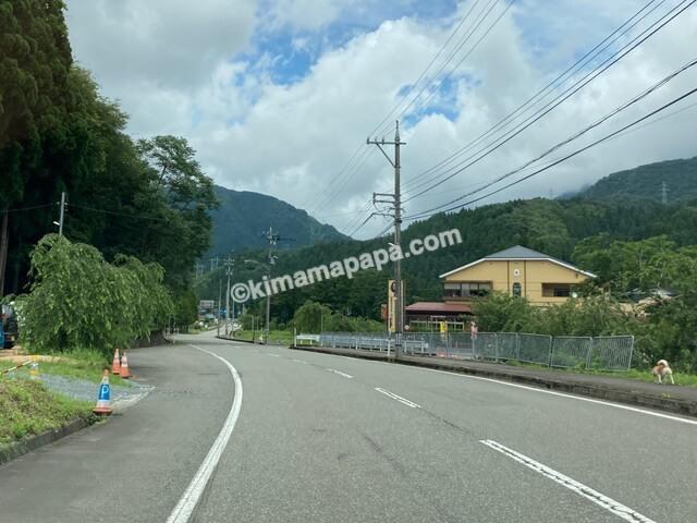 福井県丸岡町、谷口屋への道