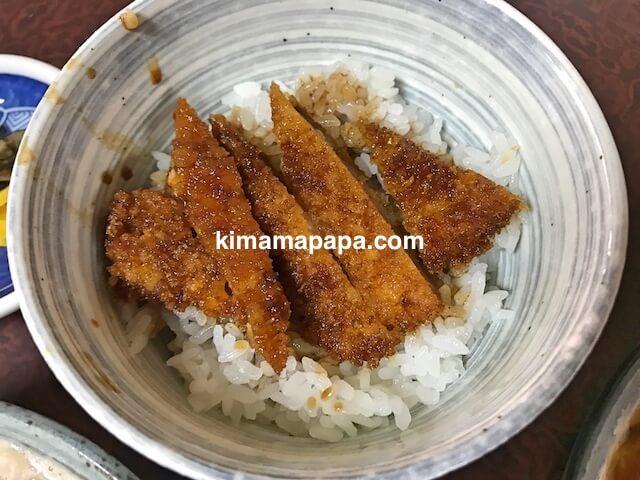 福井県三国町、そば処盛安のミニソースカツ丼