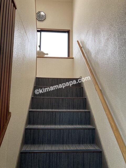 小浜市阿納、下亟の新館階段
