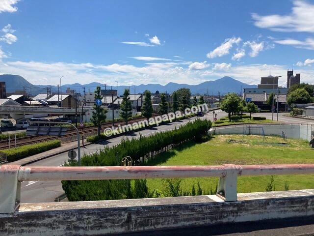 福井県鯖江市、鯖江市街地への道