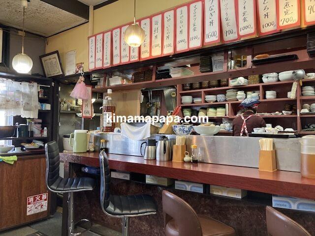 福井市、ふくい鮮いちばの喜多亭のカウンター