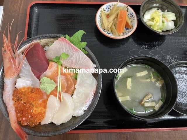 ふくい鮮いちば、田島の海鮮丼セット
