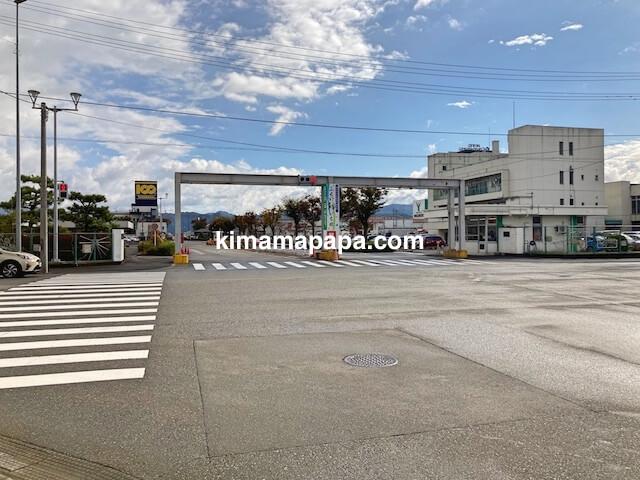 福井市、福井中央卸売市場の入口