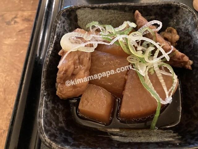 福井市その字、おすすめランチのそば屋の牛すじ煮