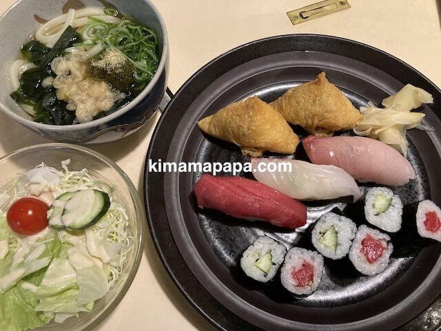 福井市、仁平寿司の寿しセット