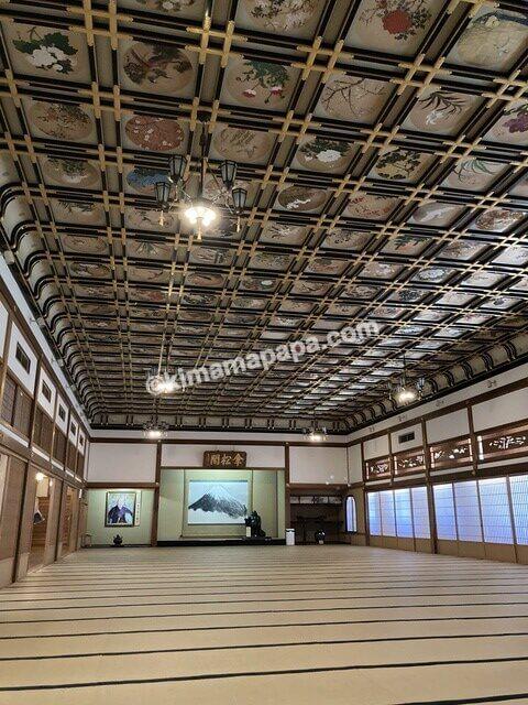 福井県永平寺、傘松閣の絵天井の間
