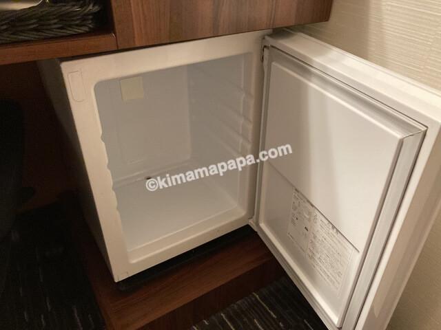 敦賀マンテンホテル、シングルルームの冷蔵庫