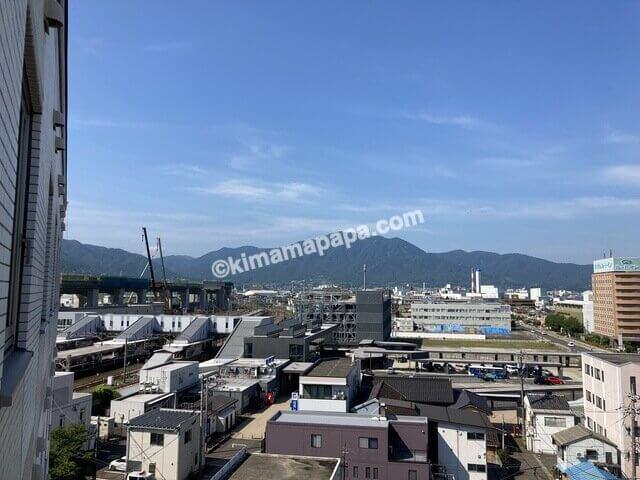 敦賀マンテンホテル、シングルルームから見た敦賀駅