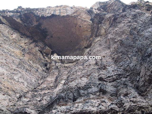 ゴゾ島、アズールウインドーの巨大な天井岩