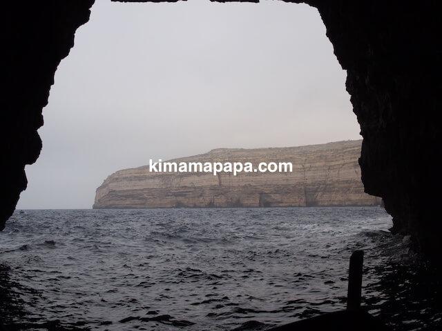 ゴゾ島、アズールウインドーの洞窟から見た景色