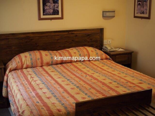 ゴゾ島、ダウンタウンホテルのベッド