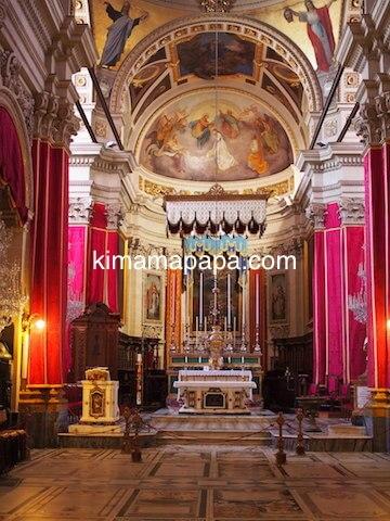 ゴゾ大聖堂の内部