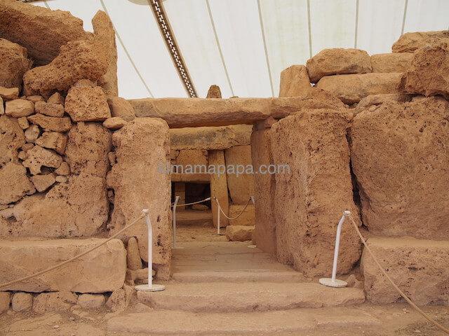 ムナイドラ神殿の南側神殿の入り口