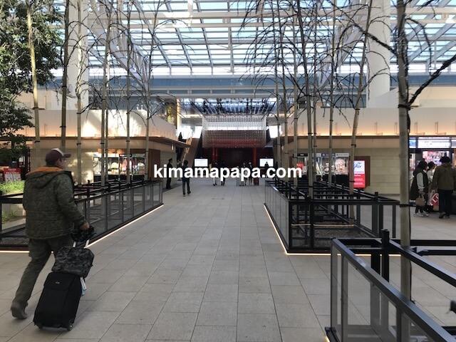 羽田第3ターミナル、4F並木道
