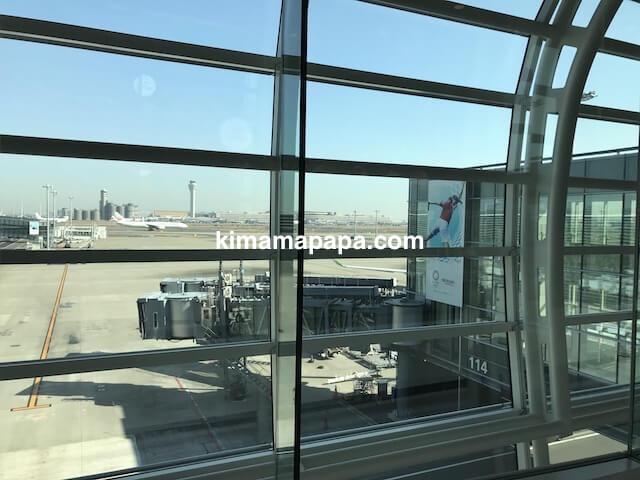 羽田第3ターミナル、フードコートからの景色