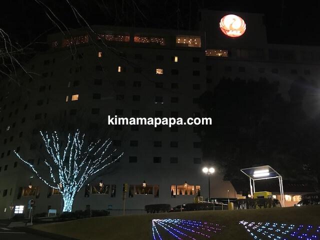 ホテル日航成田の夜の外観