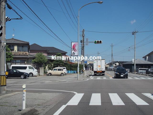 石川、粟津の大西寿司前の「南部中前」交差点