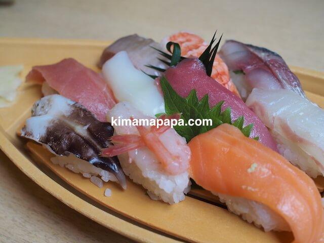 石川、粟津の直又寿司のにぎりランチ