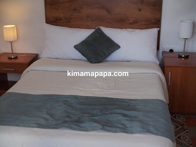 マルタ(スリーシティーズ)、カルカラのヴィラ・デル・ポルトホテルのベッド