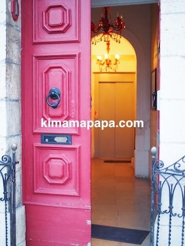 マルタ(スリーシティーズ)、カルカラのヴィラ・デル・ポルトホテルの入り口