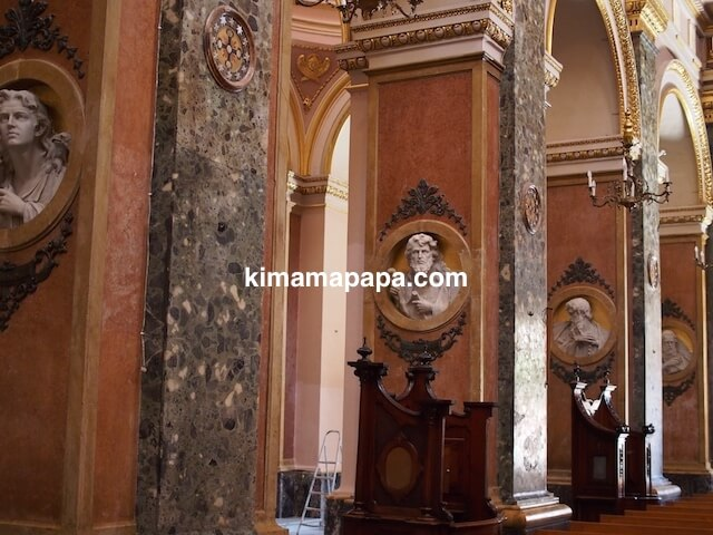 マルタ、勝利の女神教会の柱