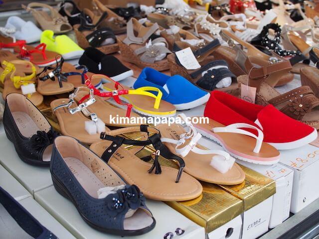 マルタ、リッシェ市場の靴屋