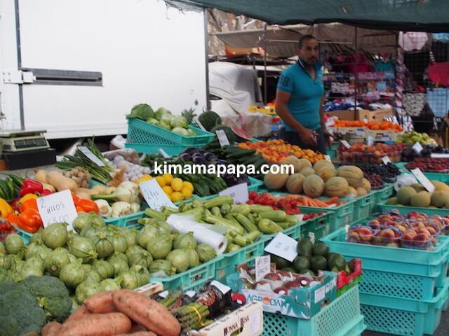 マルタ、リッシェ市場の野菜屋