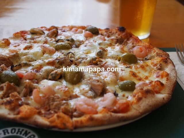 セントジュリアン、イル・ロクナのピザ