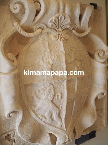 ヴァレッタ、国立戦争博物館の彫刻