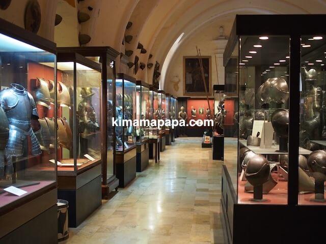 ヴァレッタ、軍事博物館の鎧