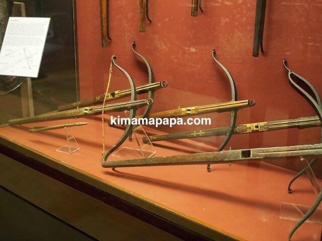 ヴァレッタ、軍事博物館のクロスボウ