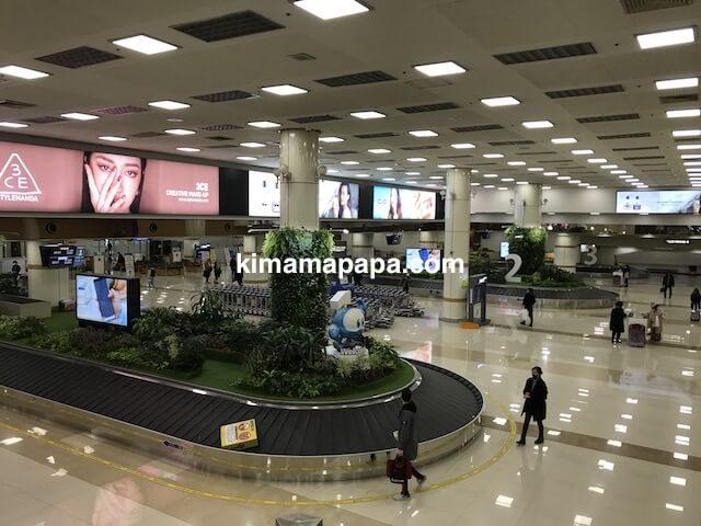 金浦空港、1階手荷物受取所