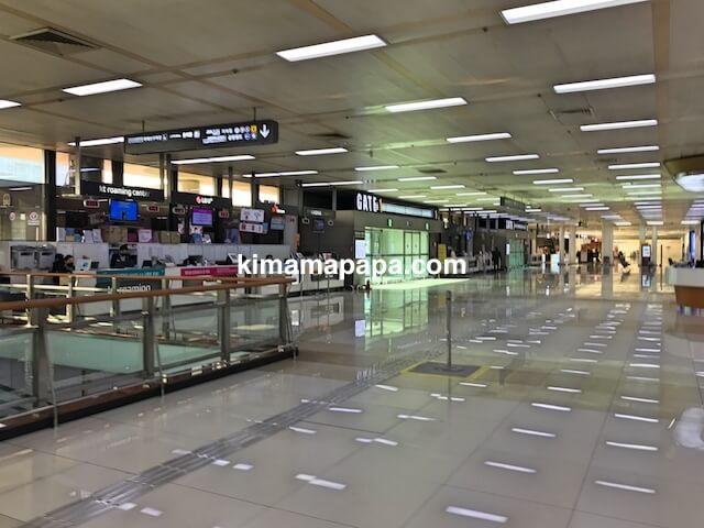 ソウル金浦空港、空港ターミナル1階ホール