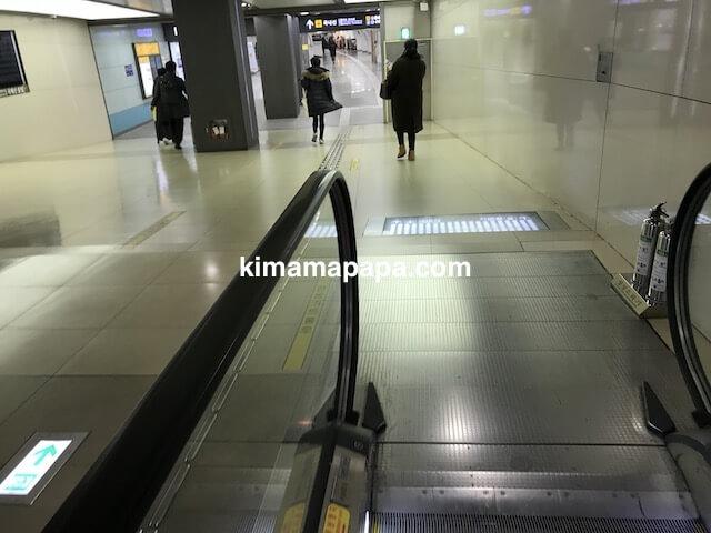 金浦空港、A'REXへ向かう通路