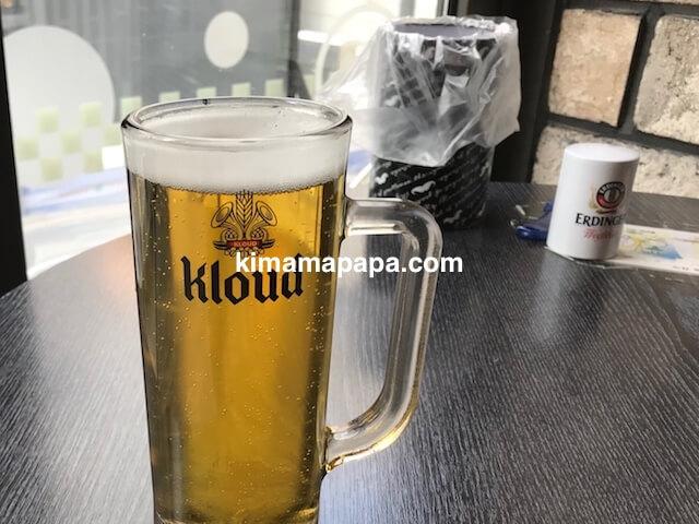 ソウルの弘大、bhcのクラウドビール