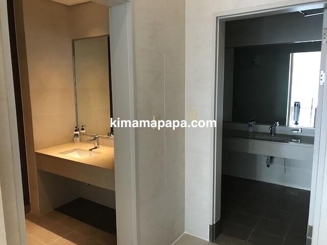 ソウル孔徳、ロッテシティホテル麻浦のプールのトイレ