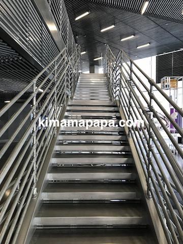 ソウルのノニョンドン、ヒュンダイ1Fにある階段