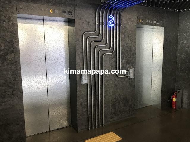 ソウルのノニョンドン、ヒュンダイ2Fのエレベーター