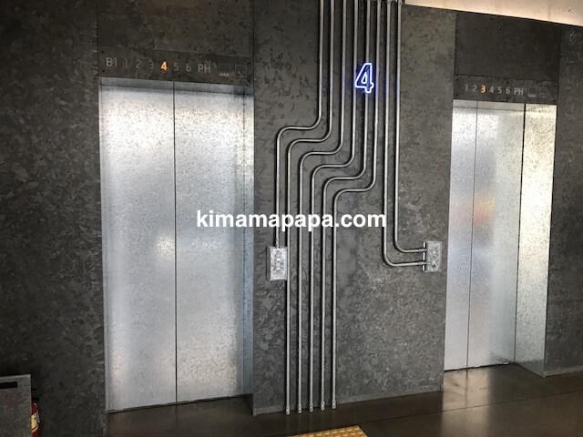ソウルのノニョンドン、ヒュンダイ4Fのエレベーター